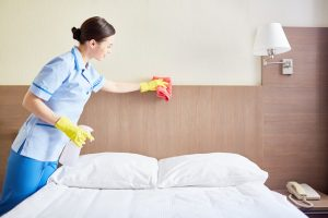 struktur organisasi hotel bintang 4 beserta tugasnya, housekeeping